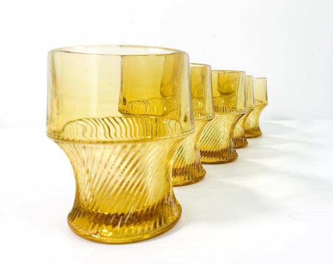 Vintage Set of 5 Amber Tumblers w/ Swirl Base 10 Oz. Glasses - Five Retro  Drinkware Kitchen Dining