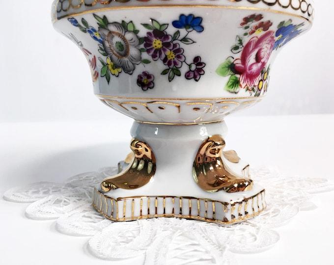 Vintage L & M Trinket Jar w/ Lid Hand painted China -  Lipper Mann Mid century Bond Ware Floral w/ Gold Trim White Dish - Retro Home Decor