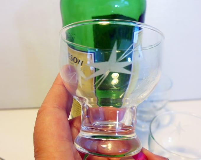 Set 4 Vintage Etched Rocks Glasses with Pedestal Shape - Retro Rocks, Cocktail or Juice Glasses - Atomic Starburst on Bowl - Small Glasses