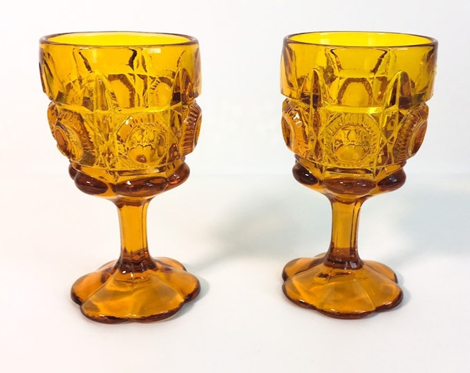 Pair Bull's Eye and Daisy Amber Vintage Pressed Glass Water Goblets - 2 Sturdy KANAWHA Mid Century Glasses - Vintage Retro Discontinued