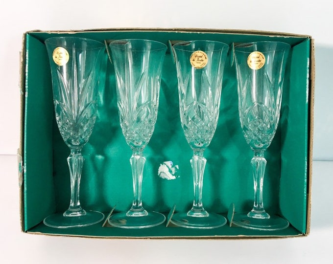 4 Fluted Champagne Salzburg by CRISTAL DE FLANDRE Lead Crystal Glasses - France - Flutes in Original Box - Discontinued Pattern - 2 Sets