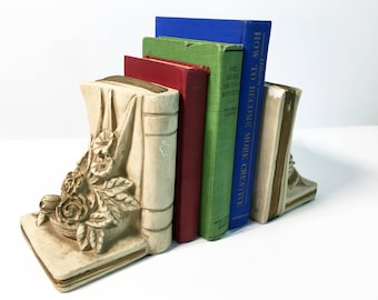 Vintage Shabby Chic Book Bookends - Pair Beige & Gold Cottage Chic Bookends - Heavy Retro Stacked Books - Vintage Home Library Decor