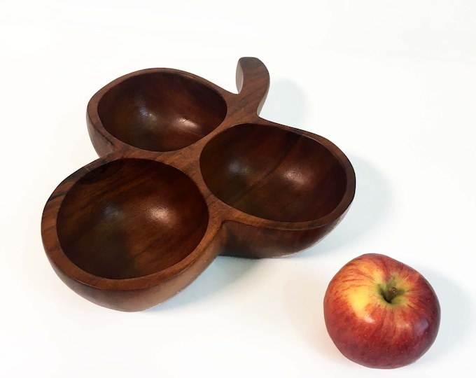 Vintage Monkeypod Monkey Pod Wood / Wooden / Carved Serving Tray - 3 Sectioned Bowl -  Large Clover Shape Nut Serving - Mid Century Modern