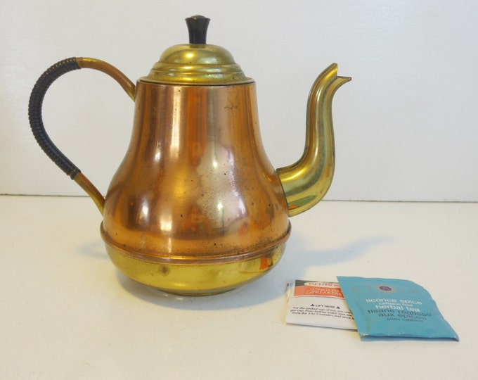 Vintage Copper Brass Coffee Pot or Teapot w/ Lid Wrapped Handle - Made in Holland Shabby Chic French Farmhouse Decor