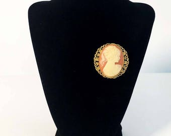 Vintage Costume Jewelry Cameo Pin Brooch - Cameo in Gold Tone - Red Pink Faux Coral Shell Woman / Lady - Statement Necklace / Jewelry