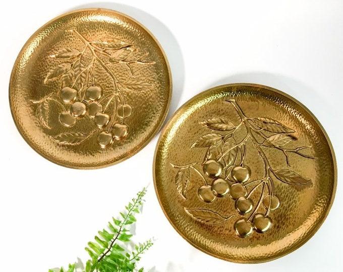 Vintage Wall Art Pair matching Gold Round Plaques - 2 Matching Cherry Motif Mid century Wall Art Home Decor - Kitsch Golden Identical Discs