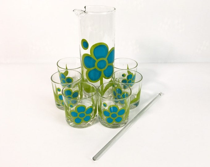 Retro Colony Martini Cocktail Set - 6 Rocks Glasses, Stirrer & Pitcher Flower Power 8 Pc Glass Barware