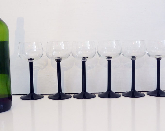 4 Vintage Luminarc Wine Black Stem Glasses - FRANCE - Three Sets Available - Set of Four With Wide Bowl Black Stems - Stemware