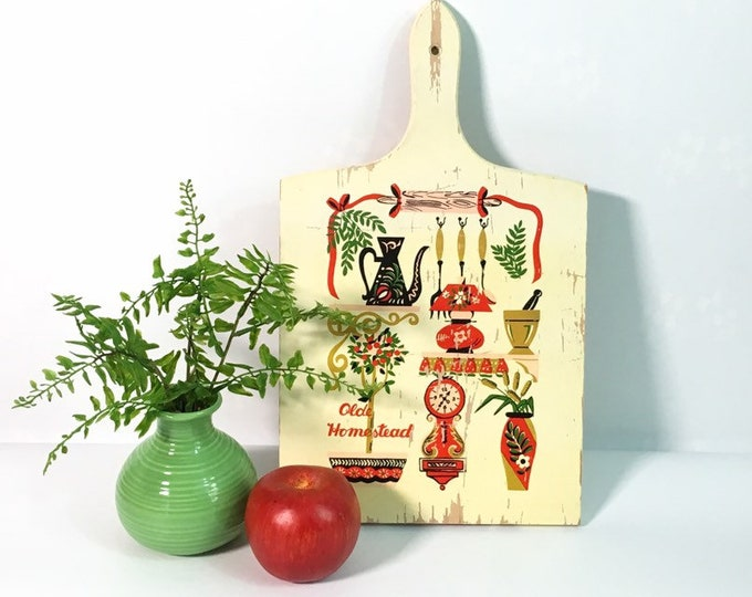 Vintage shabby chic Wood Cutting Board - Painted Olde Homestead Rustic Kitchen Kitsch Wall Decor