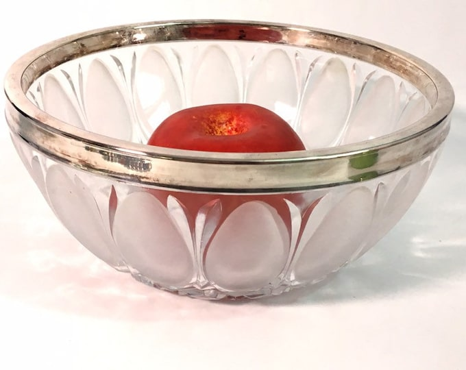 Vintage Oneida Lead Crystal Bowl W/ Frosted Oval Petals - Sticker Still Intact - Retro Glass Bowl W/ Silver Plate Rim ca 1960