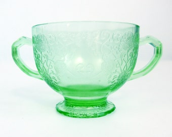 Hazel Atlas Florentine #1 Green Depression Glass - Green Glass Open Sugar Bowl From 1930s - Unique Poppy Pattern Retro Kitchen Serving