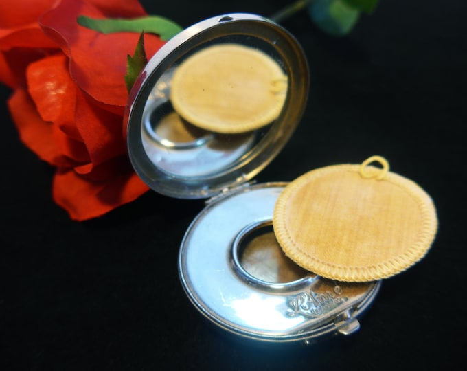 FREE SHIPPING to U.S. Antique Compact La May L'Ame Silver tone Metal Etched w/ Powder Compartment & Mirror - Vintage Roystone Makeup Case
