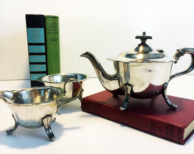 Sheffield Silver Plate English Tea Set - Tea pot Creamer Sugar Bowl Scalloped Edges - Vintage 3 Piece TEA SERVICE Teapot or Coffeepot EPNS