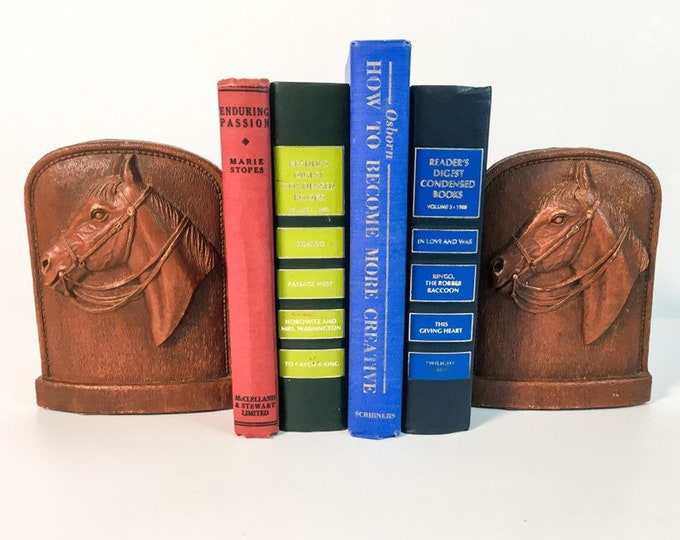 2 Horse Head Bookends - Vintage Syroco Brown Stallion Bookends - Mid Century Shabby Chic / Cottage Chic Home Decor - Retro Horse Bookend