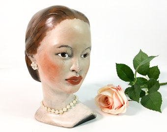 Vintage Lady Head Pearl Necklace & Earrings - Mid Century Bust Ceramic Statue Home Decor