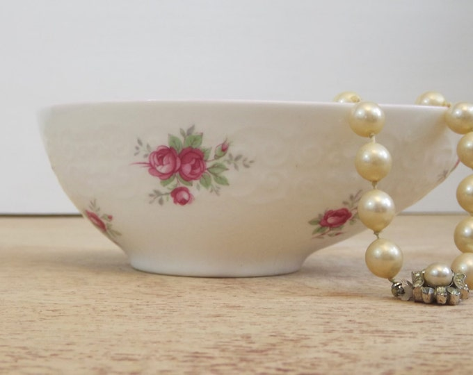 Crown Staffordshire Sweetheart Rose Bone China Dish - Trinket / Jewelry / Dressing Table Home Decor - Flowers - Pagoda Oval Sauce Bowl