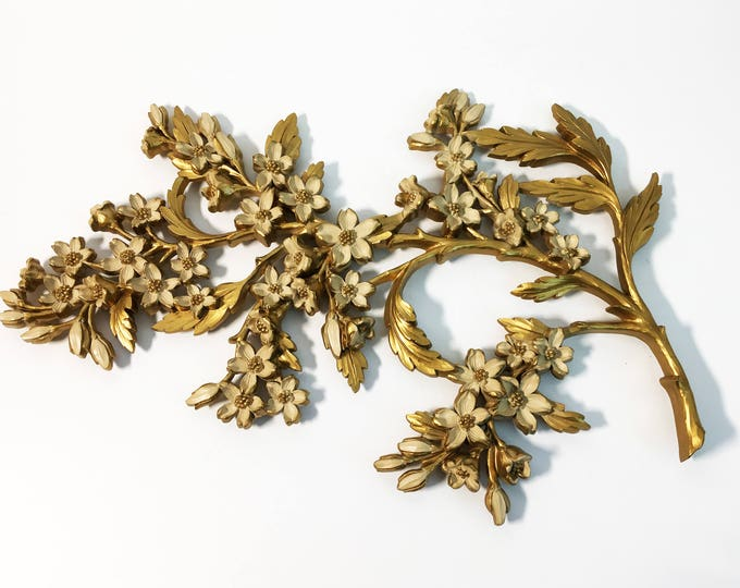 Vintage Syroco Gold Wall Hanging 1967 - Dart Industries Large Floral Wall Decor Mid century - Mad Men Era Retro Home Decor Flower Motif