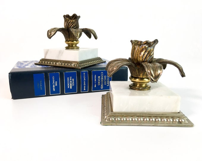 2 Vintage Brass Candlesticks Marble Base - Mid century Flower Petal Design - Pair Candle Holders Square Marble Base Home Decor