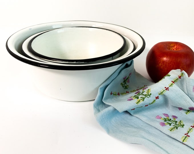 3 Vintage Enamelware Bowls - Nesting White w/ Black Trim Enamel Ware Set - Small Medium Large Farmhouse Shabby Chic Decor