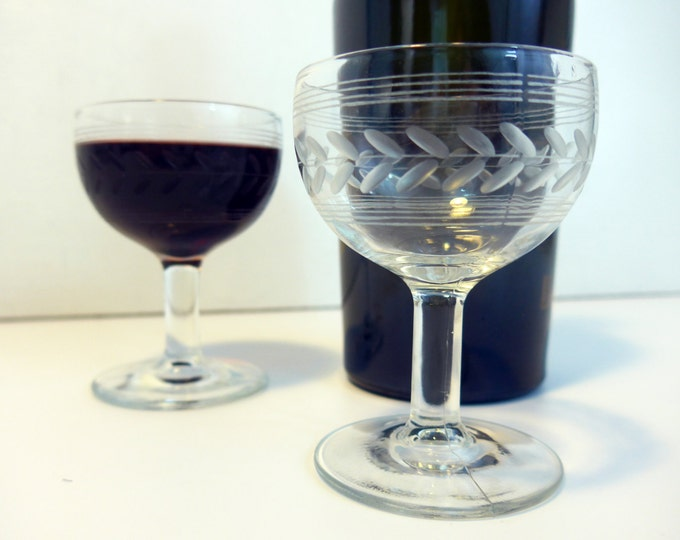 5 or 4 Vintage Etched Cordial or Small Wine Glasses - 2 Sets Available Cordial Glasses - Etched Stripes Lines Garland
