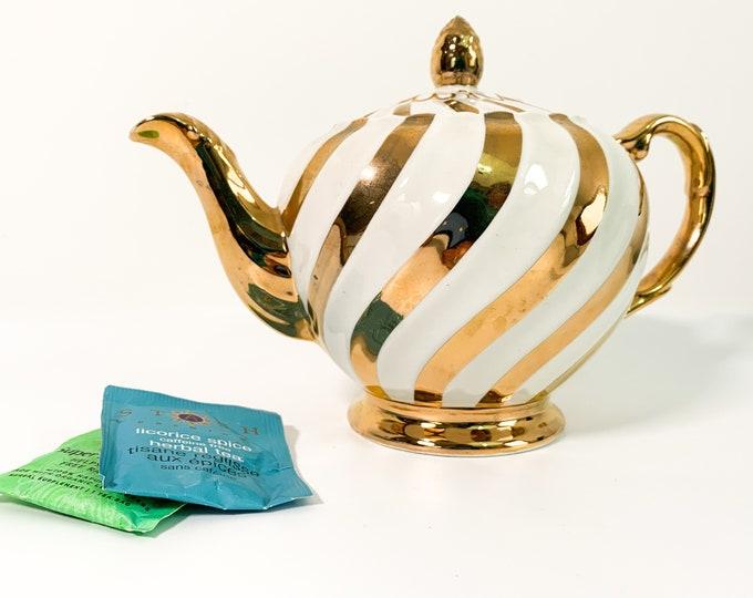 Vintage Ellgreave Wood & Sons Teapot Burslem England White and Gold Swirl #2007 - Kitchen Serving