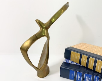 Vintage Brass Abstract Seagull in Flight Wings Outstretched - Sea Bird Sculpture Statue - Library Home Decor Mid century Figurine