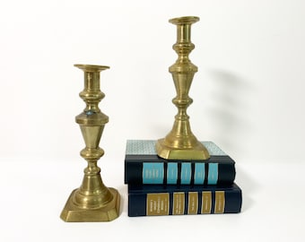 Pair Vintage/Antique Brass Candlesticks - Matching Set of 2 tall candle Stick Holders - Classic Retro Home Decor - Square Bases