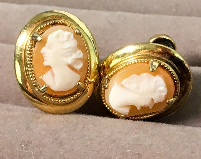 Vintage 12K GF AMCO Cameo Earrings - Gold Filled Carved Shell Cameo Screw back Signed Amco - Dainty Ovals Vintage Retro Mid century Jewelry
