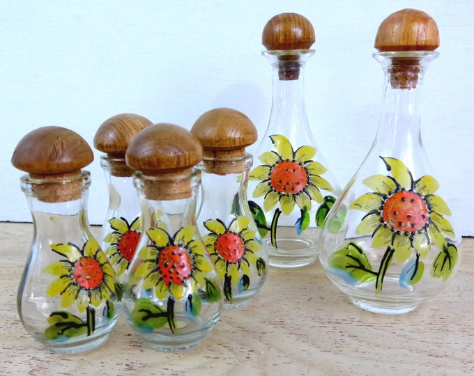 Mid century Flower Power Vintage Glass Cruet Set - Mod 6 Piece Salad Kitchen Cruet Set - 1970s Serving Entertaining  Hand painted Sunflowers