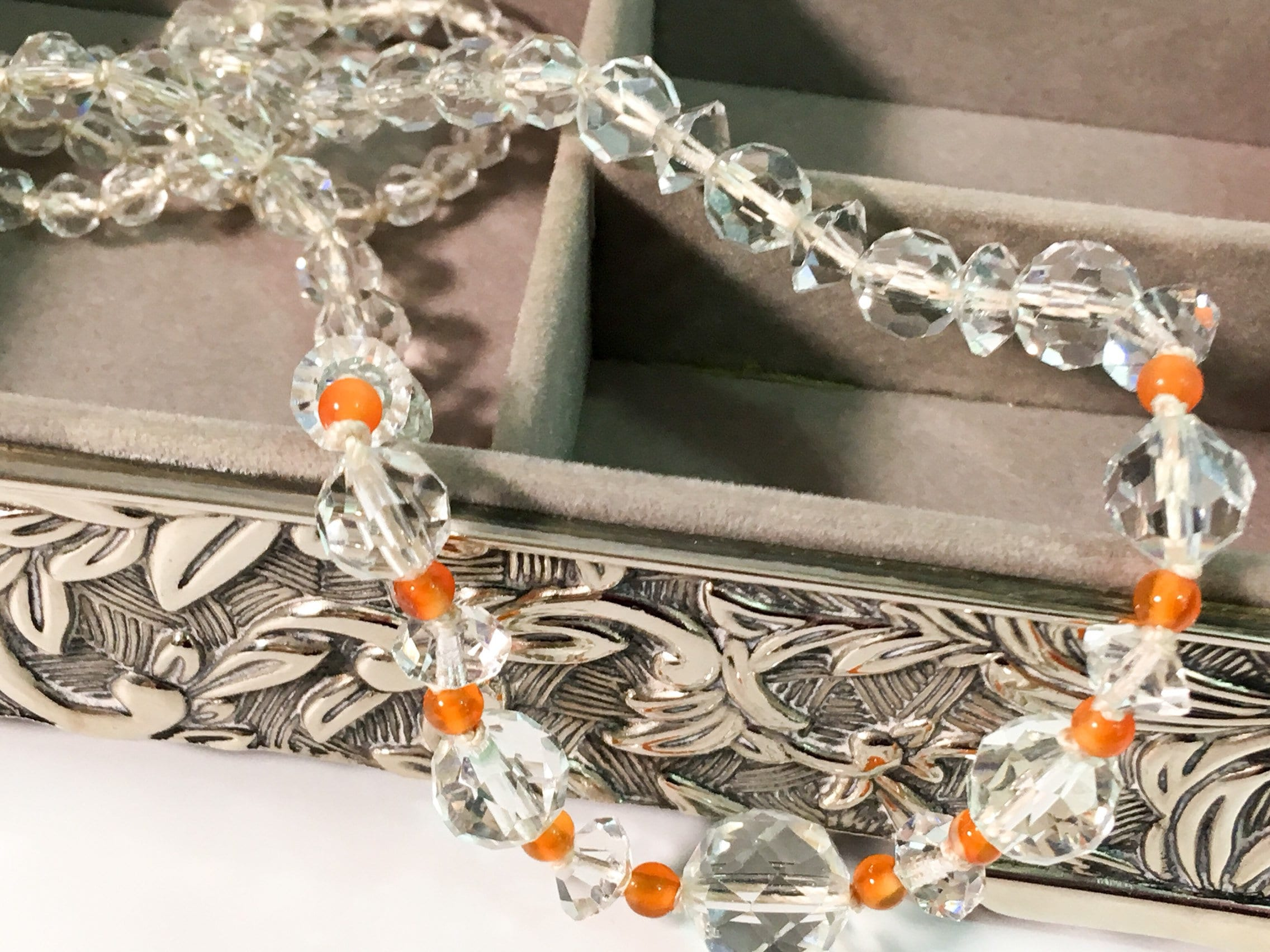 Hand Knotted Necklace Vintage Memory Bracelet Vintage Multi-Faceted Necklace Clear Crystal Glass Necklace Graduated Size Beads