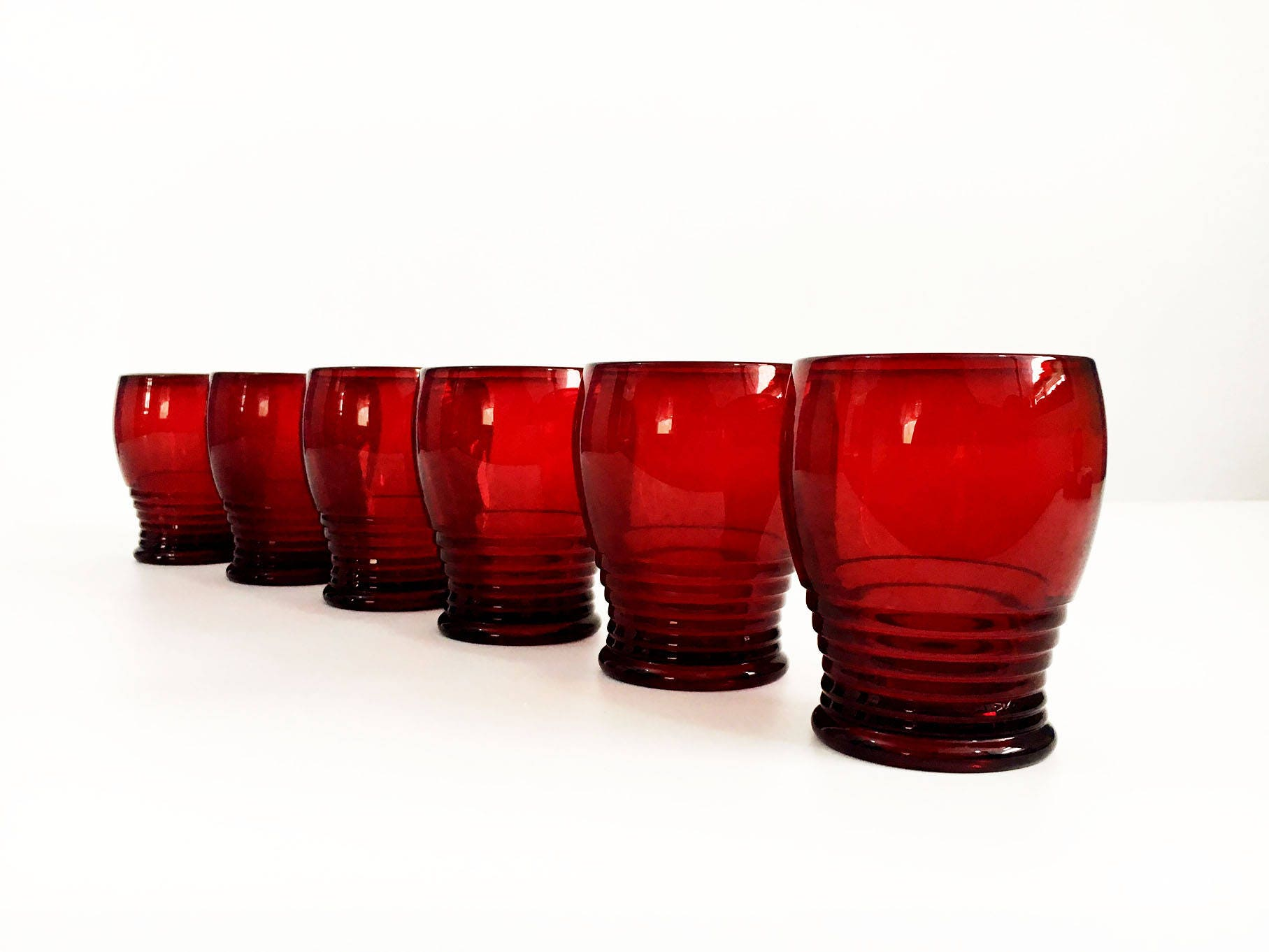 Vintage set 6 ruby red drinking glasses ribbed glass beehive rings hand blown tumblers penny line ruby by paden city style cups