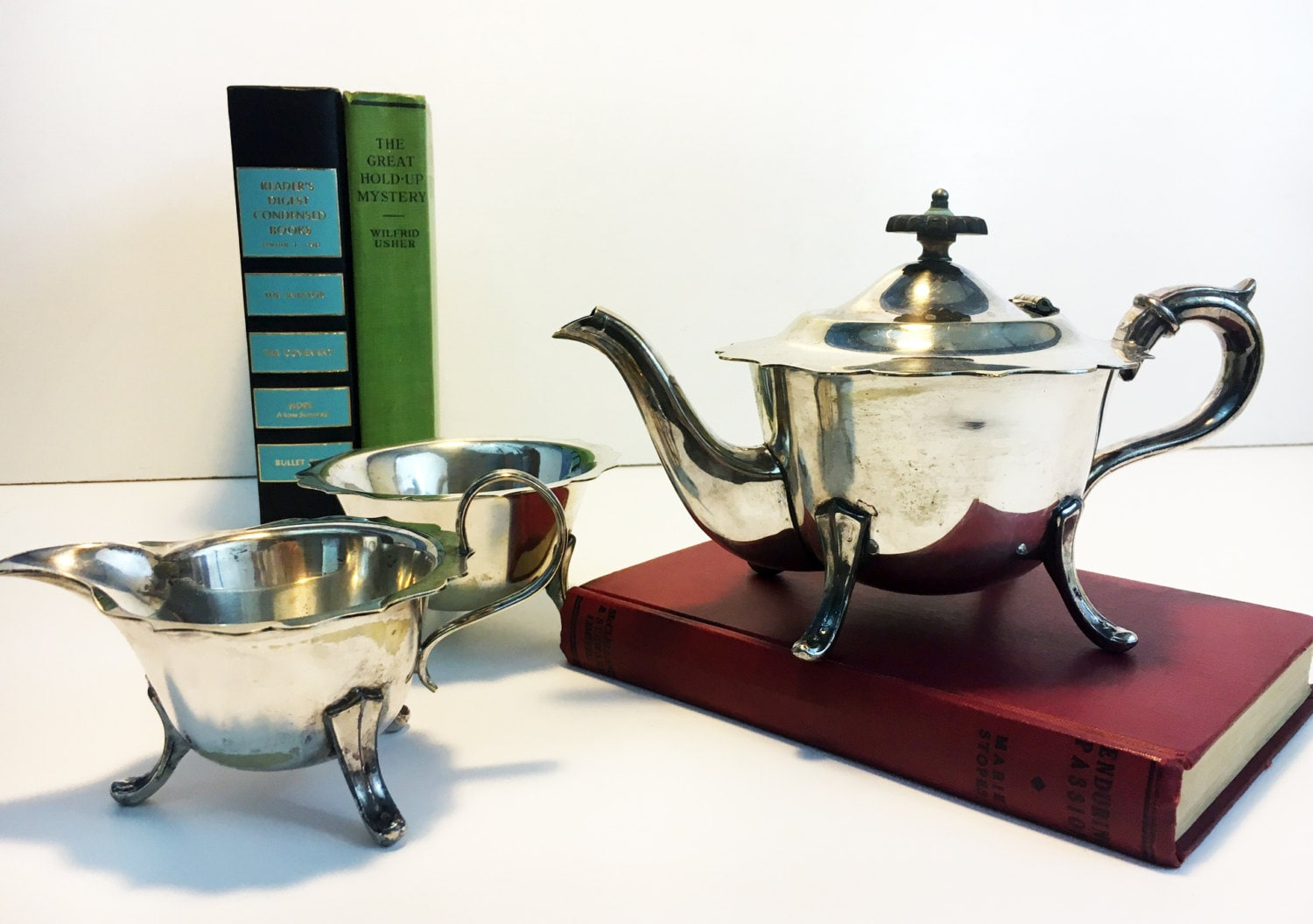 1d14aaea8b1c2 Sheffield Silver Plate English Tea Set - Tea pot Creamer Sugar Bowl  Scalloped Edges - Vintage 3 Piece TEA SERVICE Teapot or Coffeepot EPNS.  gallery photo ...