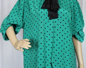 Josephine green top with black polka dots