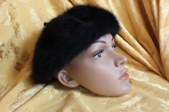 Kangol furry black hat