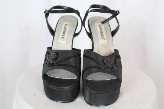 bcd3129ee25 90s classified vintage platform shoes