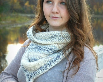 Cowl scarf, Handmade Chunky Wool Bandana Scarf with pocket, Cozy scarf, secret pocket, Winter scarf