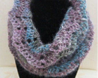 Lace wool cowl