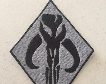 Mythosuar skull Patch (Boba Fett symbol)
