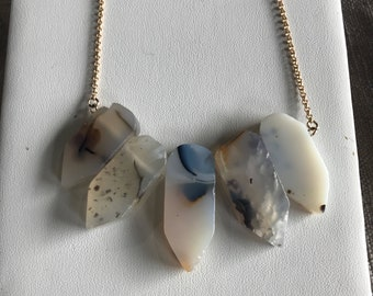 Agate Whim Necklace in 14k Gold Fill