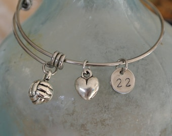 Volleyball bracelet // volleyball charm // heart // personalized number // Volleyball team gift // Stainless Steel Bracelet
