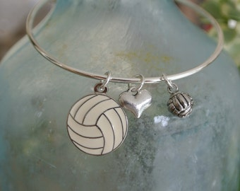 3f233021a76f Pulsera de voleibol / / encanto de voleibol / / corazón / / | Etsy