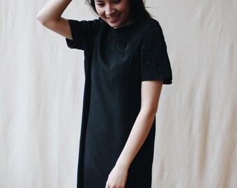 Vintage 1980s black silk shift dress | Box-cut abstract embroidered tee dress | Structured minimalist cocktail dress | Little black dress