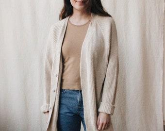 Vintage cream alpaca knit cardigan | 80's rib knit white alpaca wool sweater | Vintage alpaca sweater made in Peru | Soft minimalist sweater