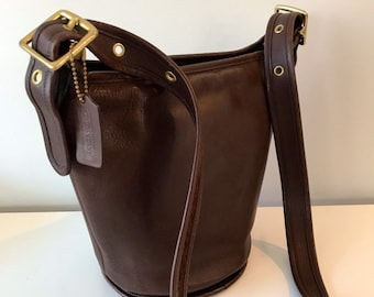 f5c2a536db Vintage Coach Bucket Bag Chocolate Brown  Classic Coach shoulder Messenger