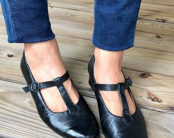 Vintage Black Leather Mary Janes, size 6 1/2, EU 6.5