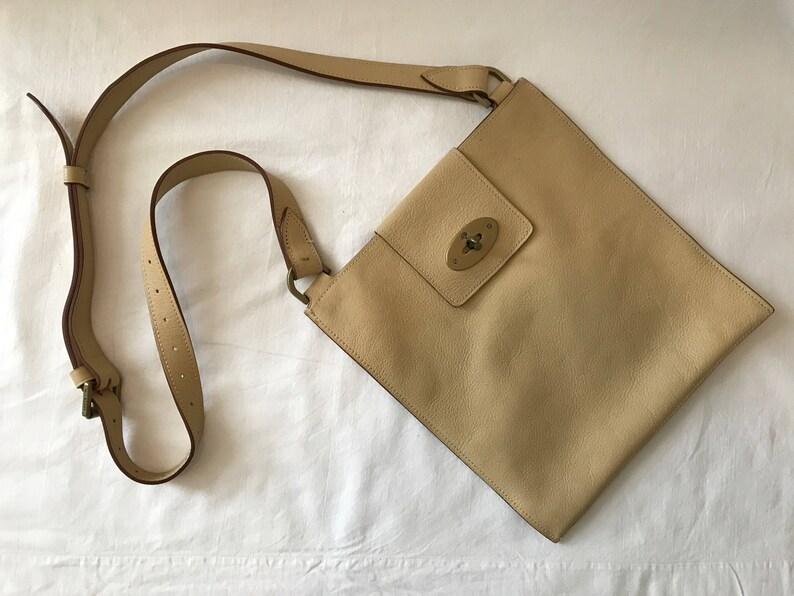 Vintage Mulberry Messenger Bag  c162689f5ddc8