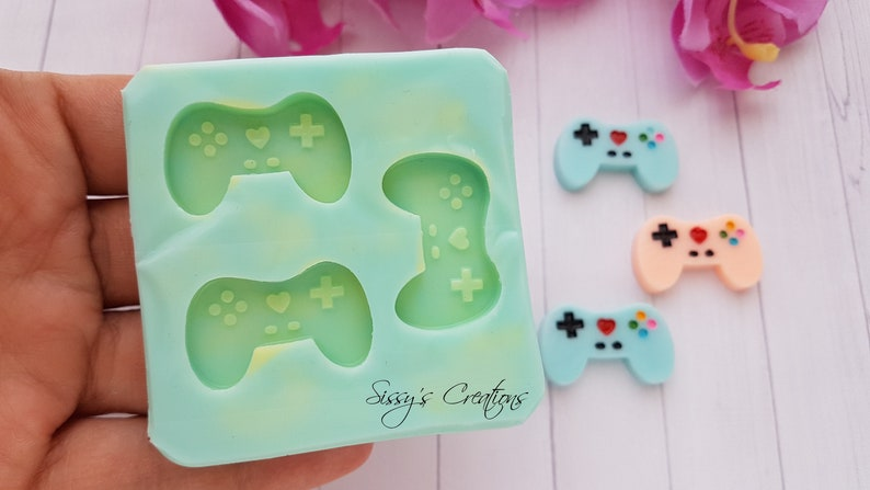 for Resin and Polymer Clay 3 cm 3 pcs Controller Gamepad Mold