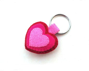Pink felt heart keyring, red wool felt key chain, love plushie lanyard, candy pink key fob, concentric hearts, cute pink fabric cloth