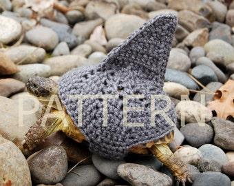 PATTERN for shark fin cozy for tortoises