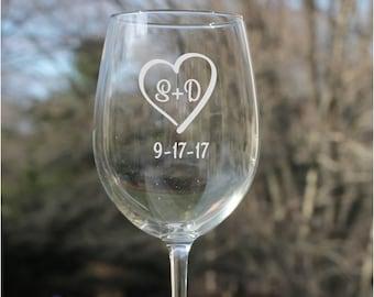 personalized wine glasses, wedding wine glasses, Etched Wine Glass, Personalized Wine Glass, wedding gift, personalized wine glasses, etched